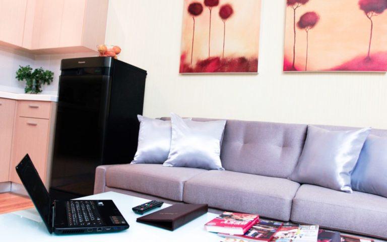 Petals Inn : One Bedroom Superior Room